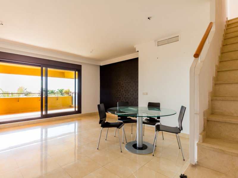 Apartment in Estepona MA1015492 4 Thumbnail