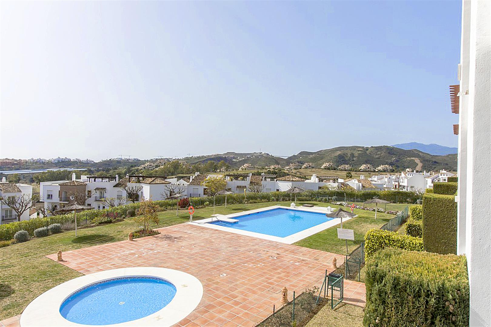 Middle Floor Apartment for sale in Los Arqueros MA2079627