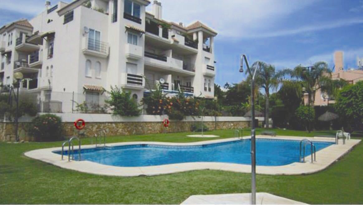Apartment in Nueva Andalucía MA2627432 1