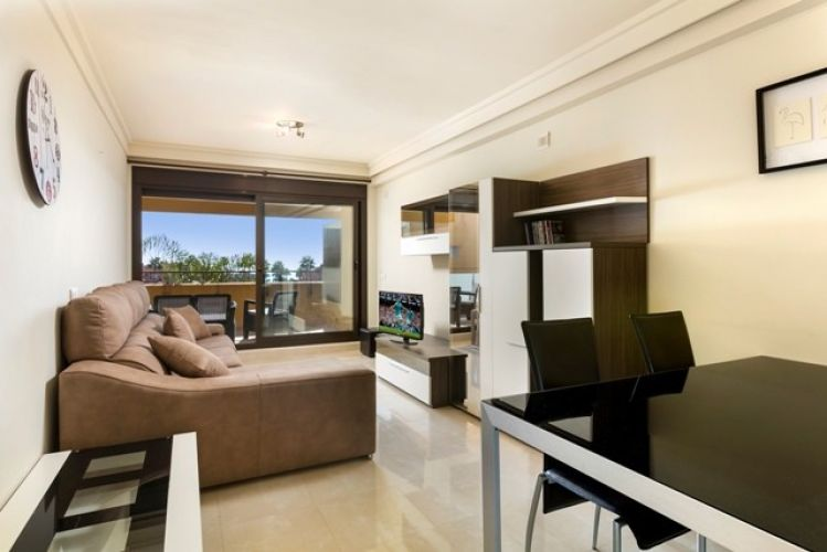 Apartment en New Golden Mile MA3400720 2