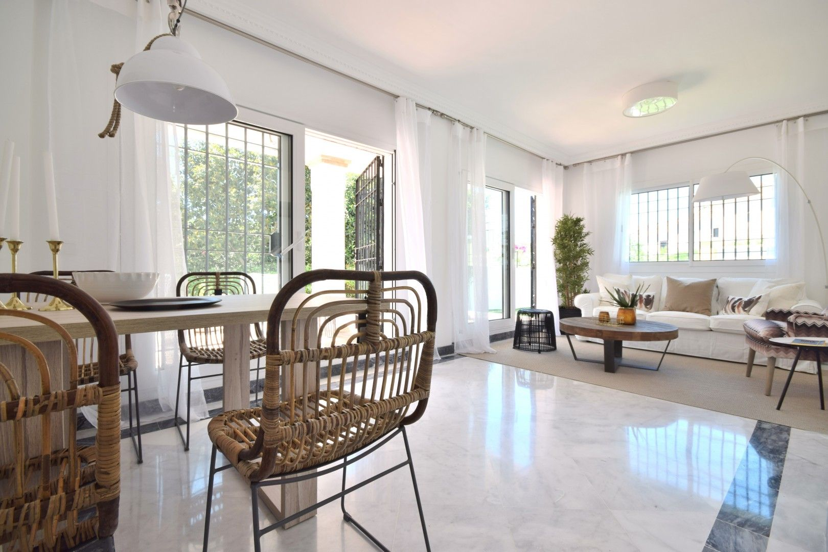 Apartment in Nueva Andalucía MA5748391 3