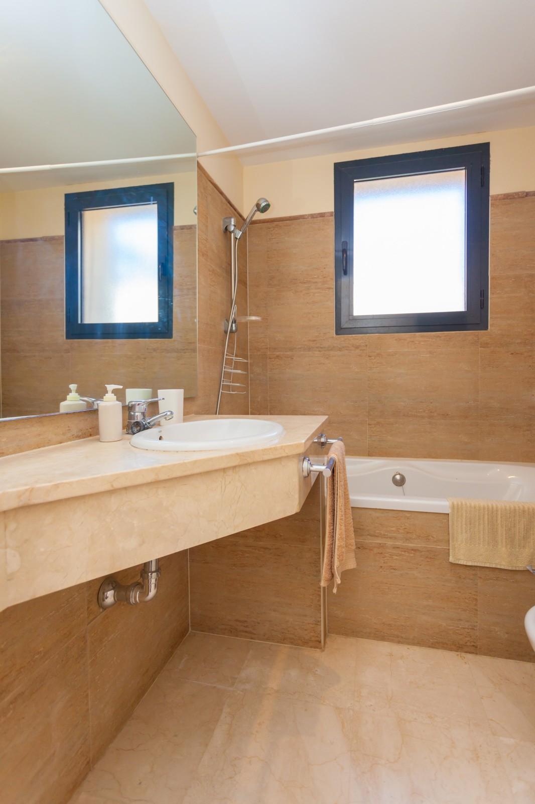 Apartment in Calahonda MA7636610 12