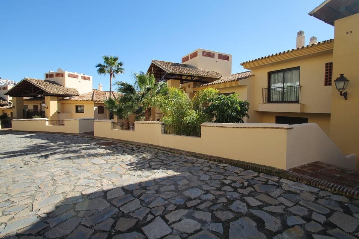 Apartment in Los Arqueros MA9322262 16