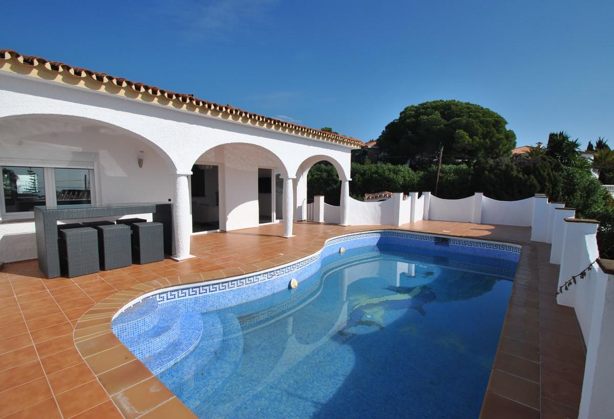 Fritliggende villa i La Cala de Mijas MV9584183