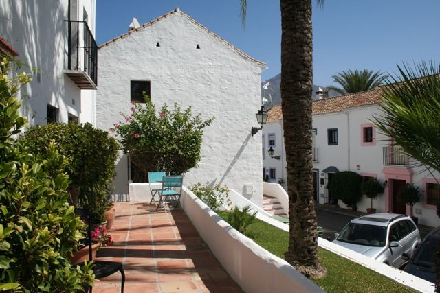 House in Nueva Andalucía MV9710173 20