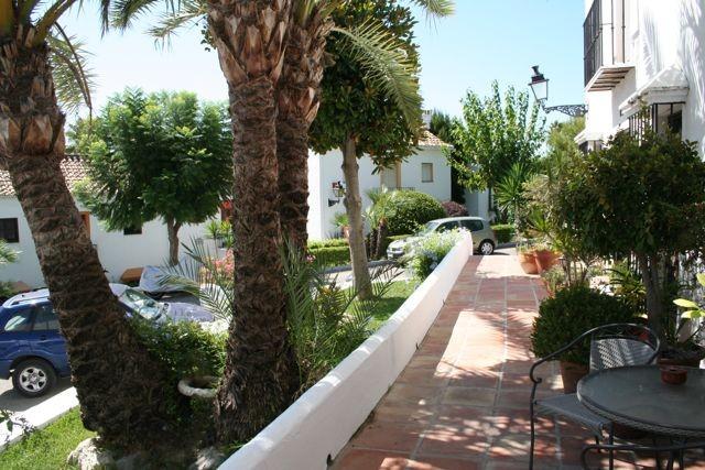 House in Nueva Andalucía MV9710173 21